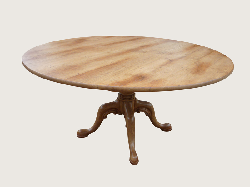 Light Oak Breakfast Table with C Scroll Legs (D210)