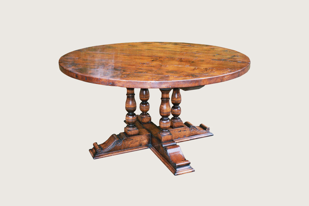 Oak Dining Table with carved base (D229)