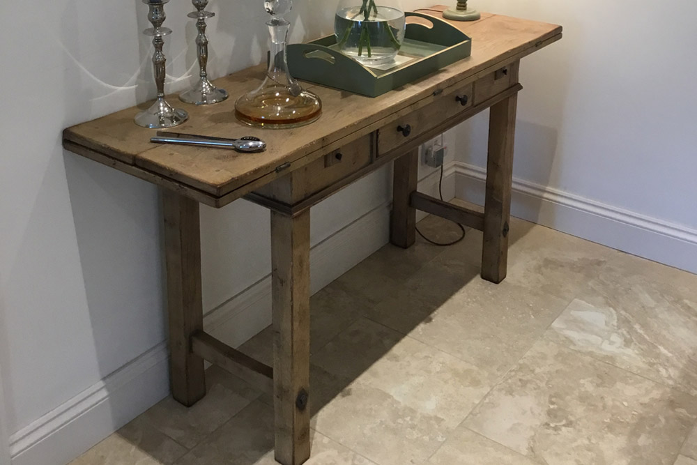 5ft Oak Folding Hunt Table finished in Oatmeal
